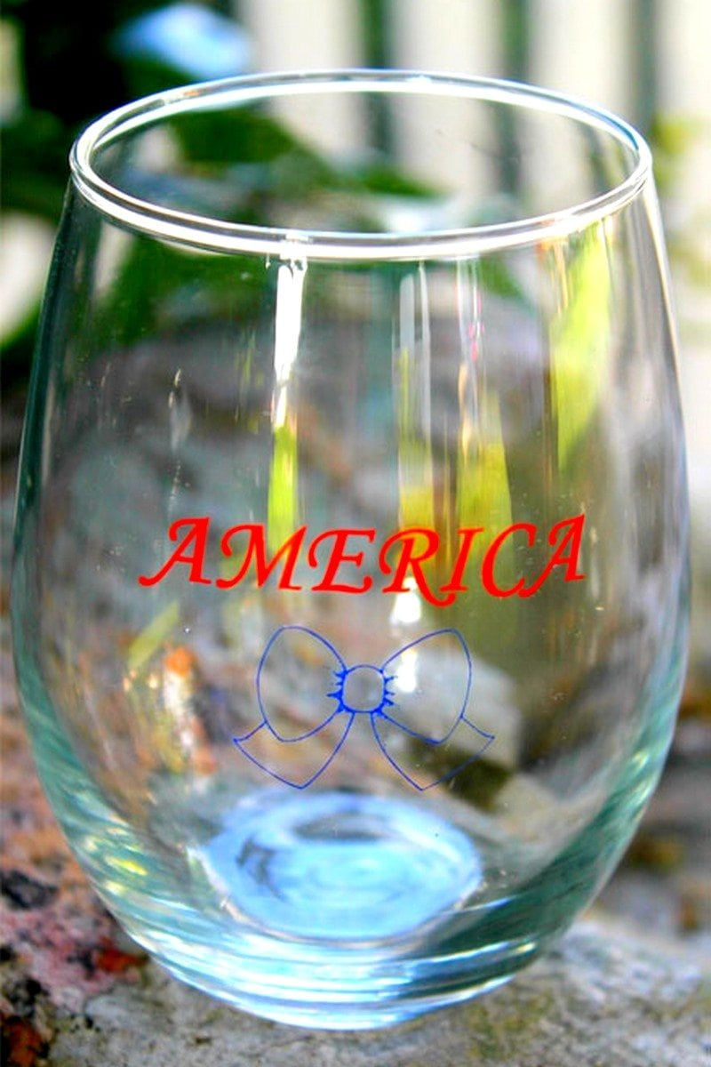 American_wine_glass_2