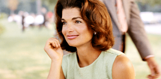 The Jackie Look: 5 Ways To Incorporate Jackie Kennedy's Style Into Your Daily Wardrobe