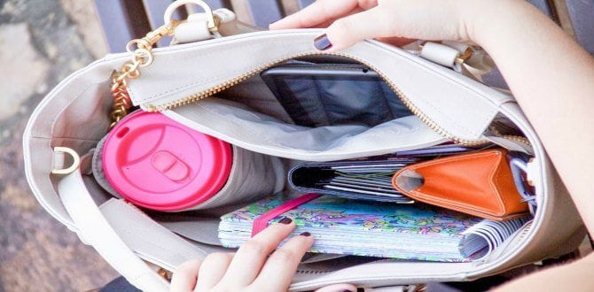 10 Essentials Every Woman Should Carry In Her Purse