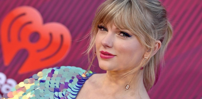 The 10 Best Taylor Swift Songs To Listen To While (Impatiently) Waiting For Her Seventh Album